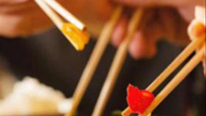 Đây là thói quen ăn canh nguy hiểm của nhiều người Việt, hãy thay đổi ngay trước khi dạ dày, thực quản