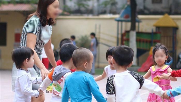 'Thất nghiệp' vì Covid, cô giáo trẻ vào gần 20 nhóm tìm việc làm