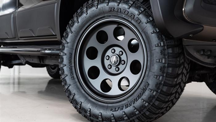 Xe bán tải Mercedes-Benz X-Class độ 6 bánh hầm hố - 4