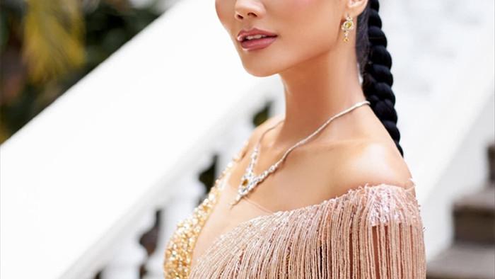 Bị anti-fan đặt điều 'mắng mỏ', Hoa hậu H'Hen Niê bức xúc lên tiếng - 1