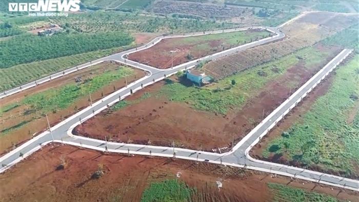 Không cần lập dự án, quả đồi 36ha ở Lâm Đồng bị xẻ thành 1.000 nền đất để bán - 2