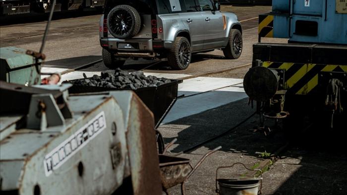 Land Rover Defender mới 'độ' cực độc - 8