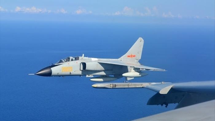 Trung Quốc rầm rộ tập trận bắn đạn thật trên Biển Đông, Việt Nam lên tiếng - 1