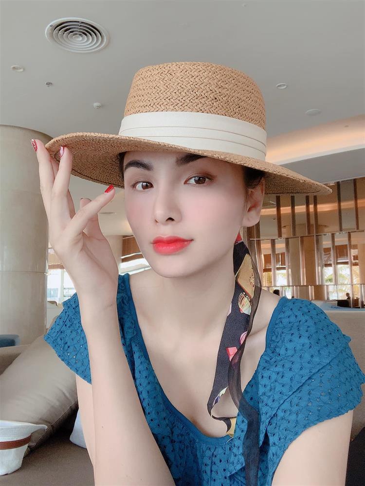 Diễm Hương gay gắt khi bị chê hoa hậu hết thời bán hàng online-1