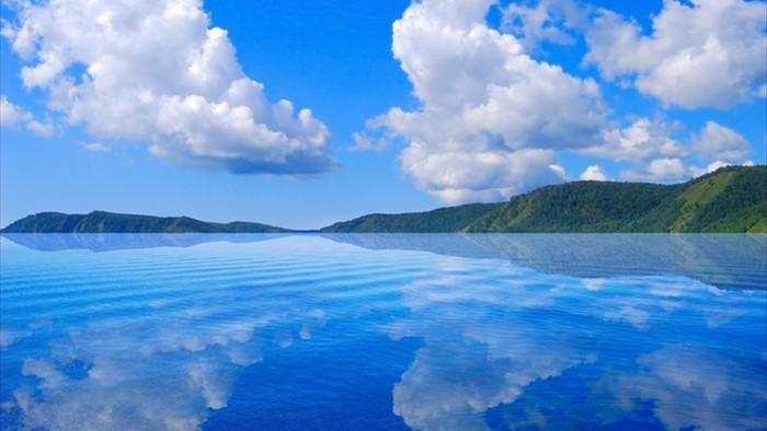 Cảnh đẹp như cổ tích ở hồ nước ngọt sâu nhất thế giới - 2