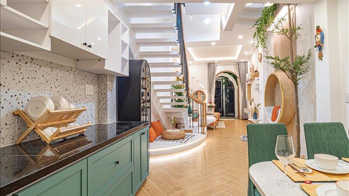 Nhà phố đầy đủ công năng với thiết kế như resort cực chill của vợ chồng trẻ ở Đà Nẵng - Ảnh 6.