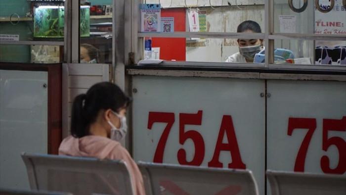 Ảnh: Bến xe, ga tàu ở TP.HCM lại đìu hiu giữa dịch COVID-19 - 3