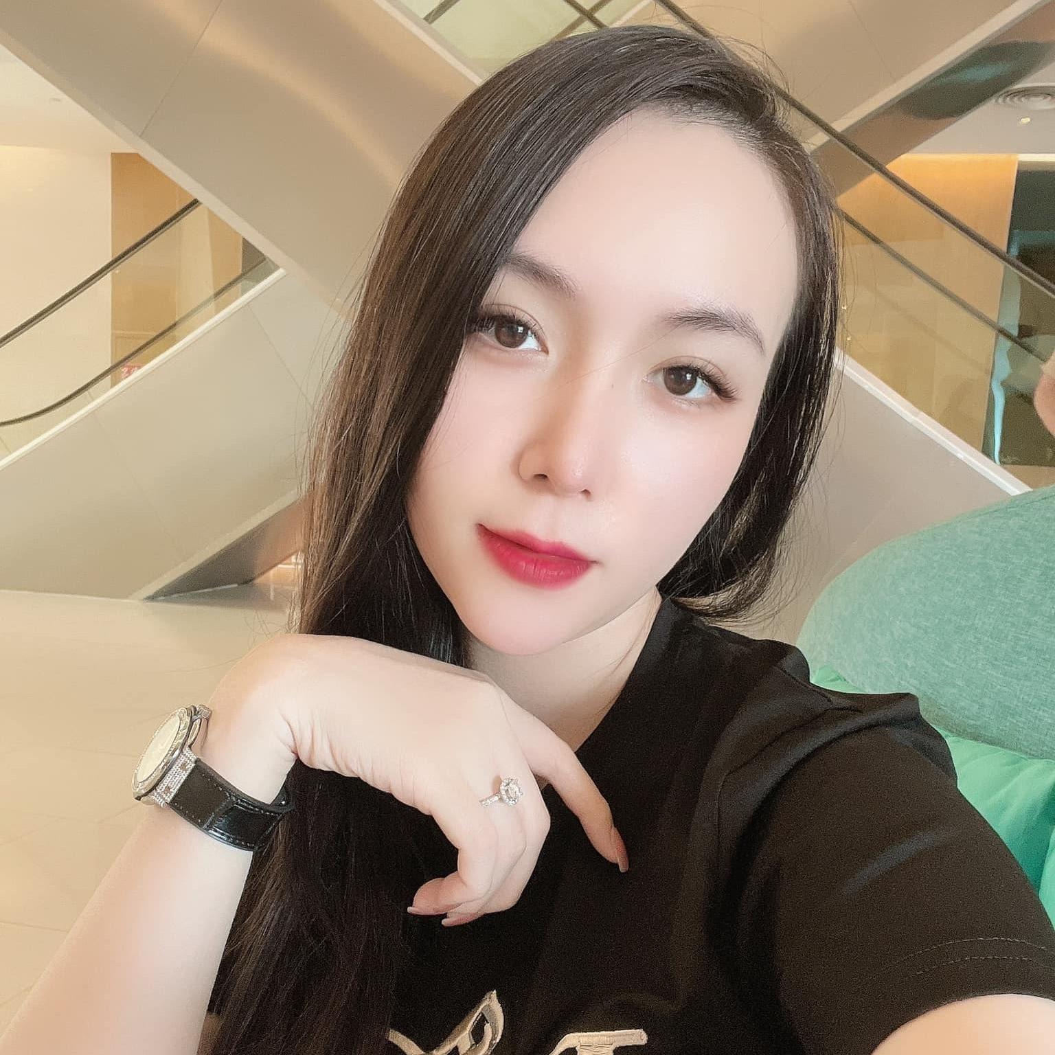 Vợ DJ nóng bỏng, sinh đôi hai con cho ca sĩ Khắc Việt-18