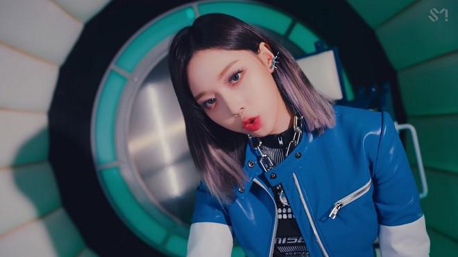 Những màu tóc được sao K-pop mê nhất hiện nay: BTS, Blackpink...-10