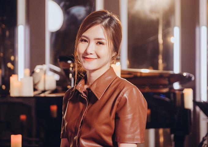 Hậu tin đồn sinh con, Hương Tràm trở thành người vợ đau khổ vì chồng là LGBT-7