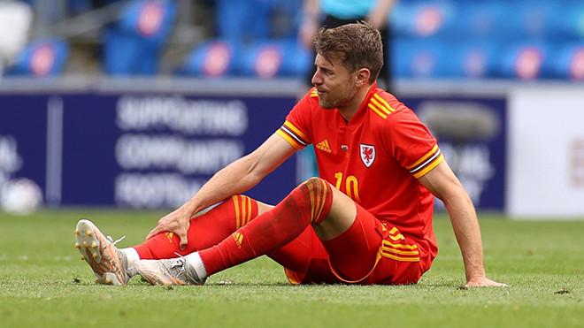 Tin EURO ngày 7/6: Busquets mắc Covid-19. Deschamps đáp trả Mourinho-4