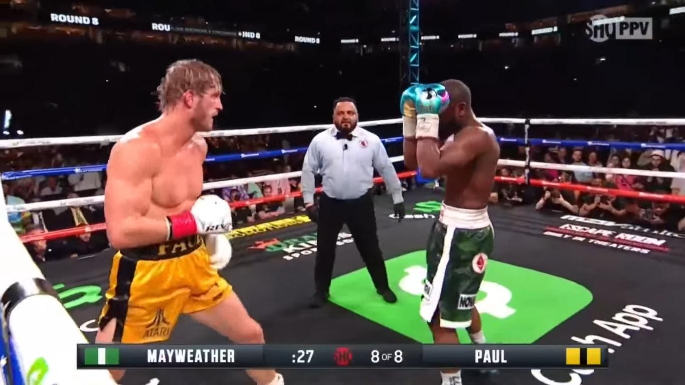 Mayweather bất phân thắng bại với YouTuber Logan Paul-1