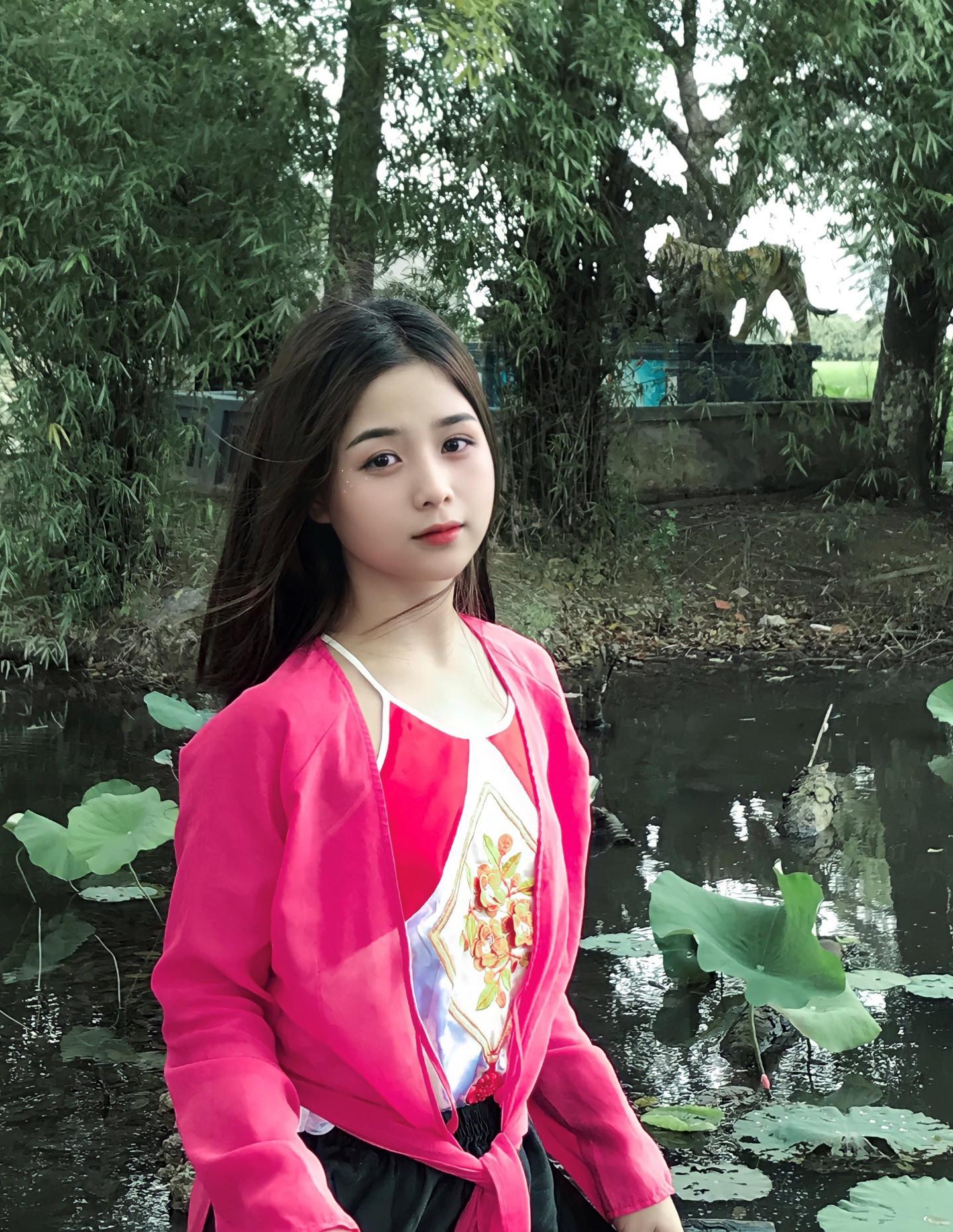 Ảnh thẻ xinh như thiên thần của bản sao Quỳnh Anh Shyn-4