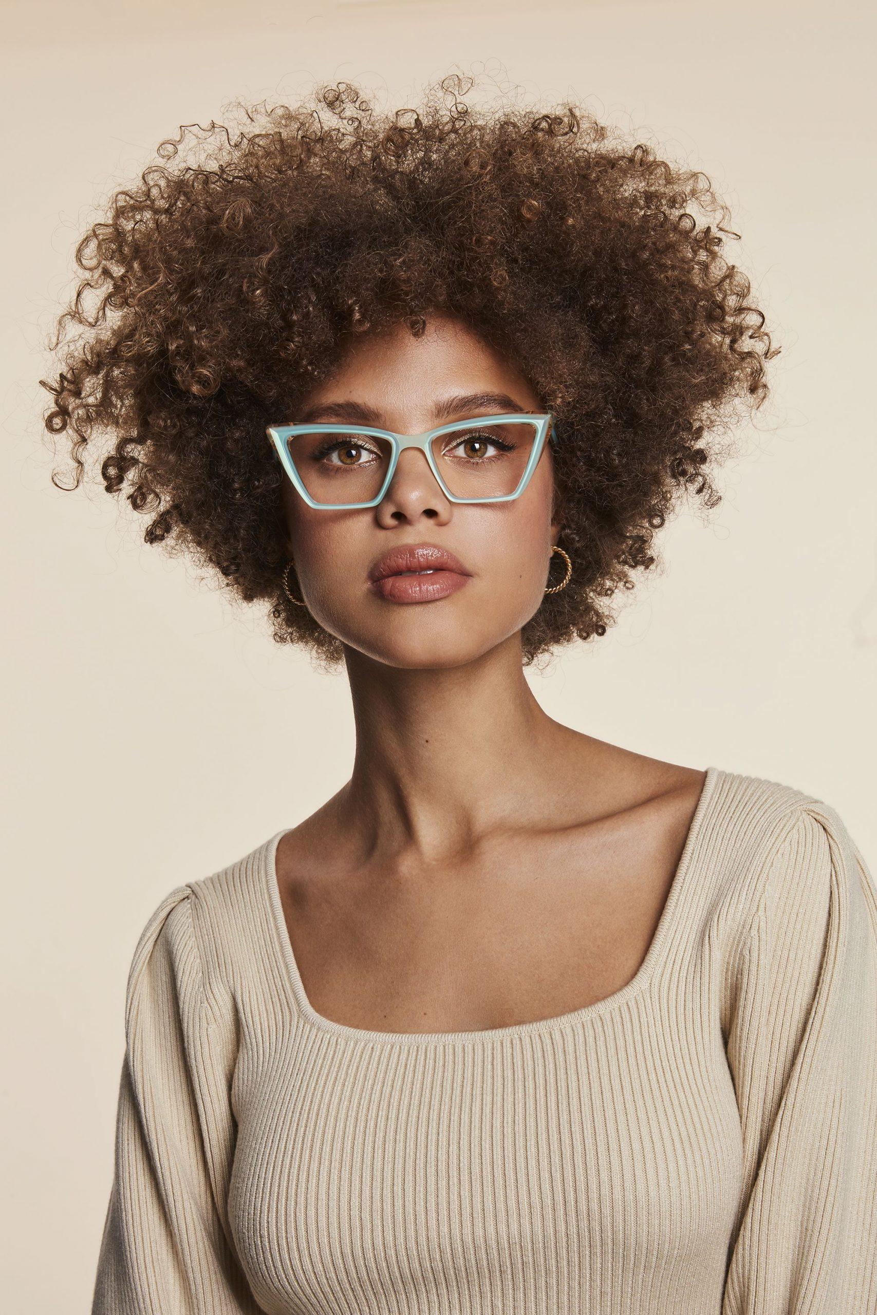 Biến hóa đa phong cách cùng thiết kế mắt kính cận sành điệu-4