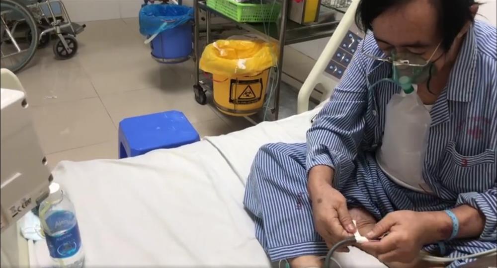 Giang Còi lạc quan dù bệnh nặng, phải lấy ven chân vì tay sưng to bầm tím-1