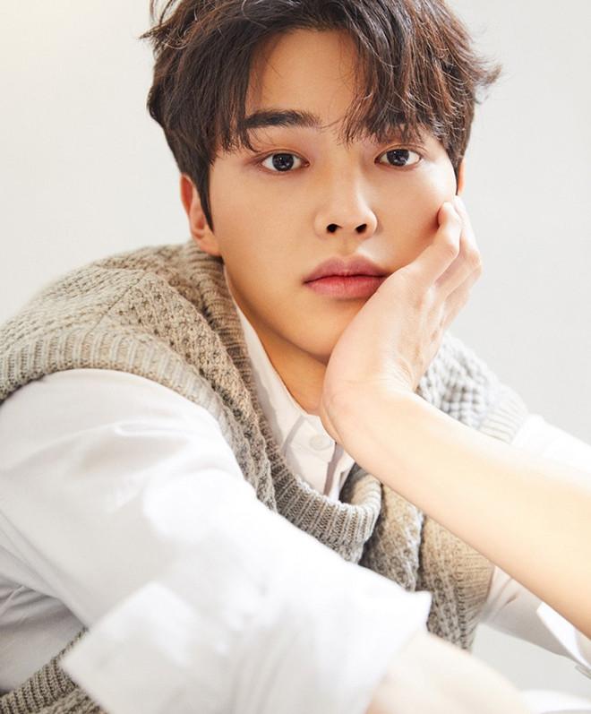 Bác sĩ phẫu thuật chọn 7 nam thần K-pop đẹp trai nhất K-pop-4