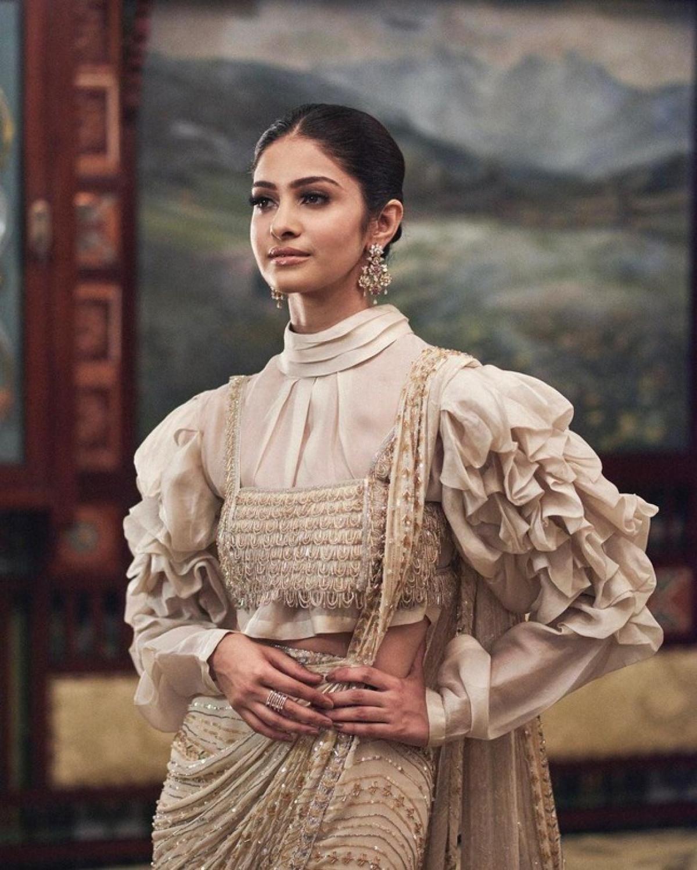 Vẻ đẹp thuần khiết của Tân Hoa hậu Ấn Độ - Đối thủ của Đỗ Thị Hà tại Miss World 2021-2