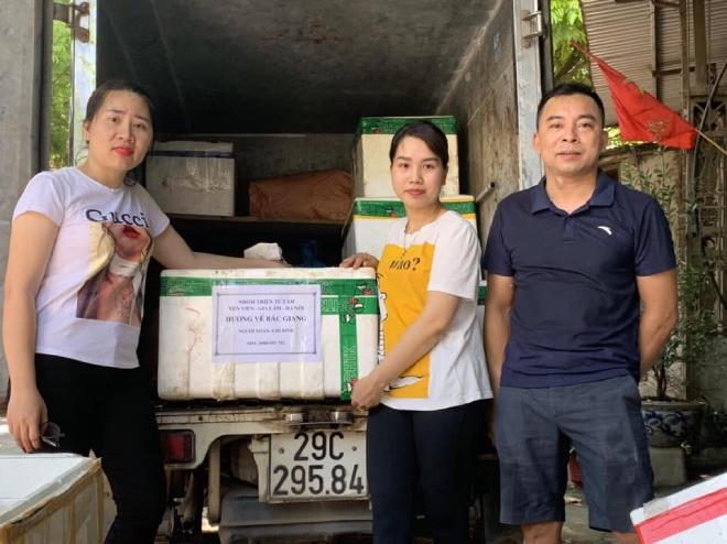 9X Hà Nội giúp đỡ người dân vùng dịch: Nghĩ đến hàng nghìn cốc chè, súp... mà tôi mất ngủ-6