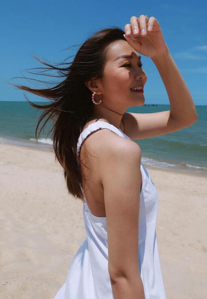 Diva Hồng Nhung tạo dáng vũ công ba lê-4