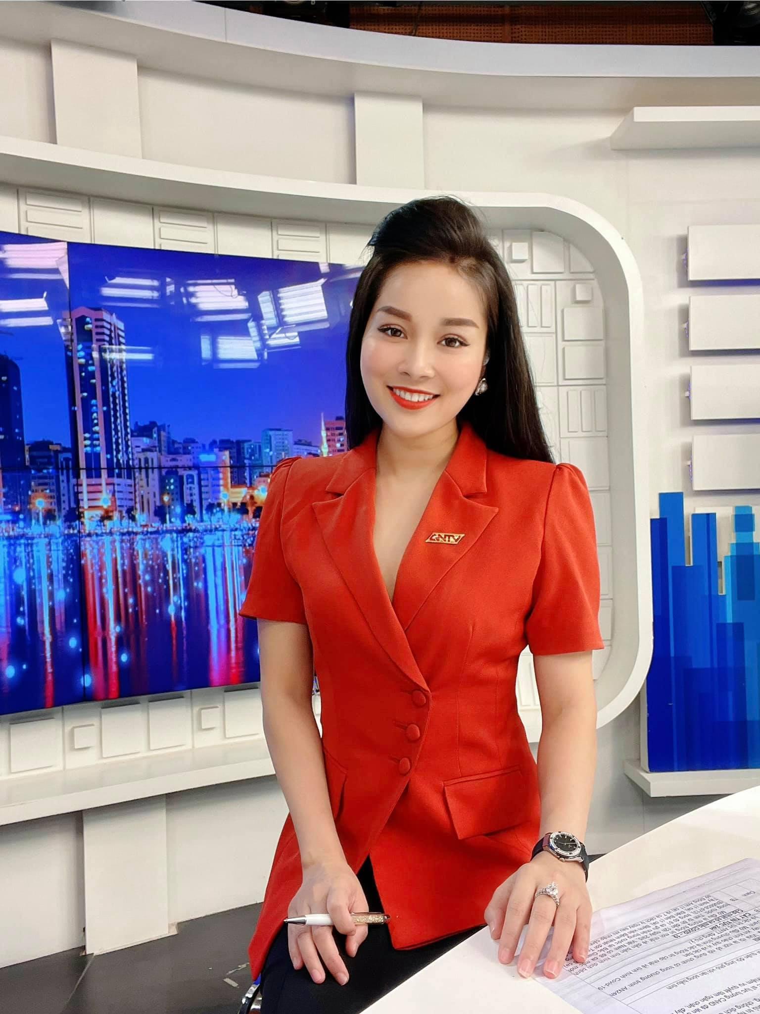 MC Minh Hương kể về 3 năm làm việc chung cùng hoa hậu Thu Thủy-3