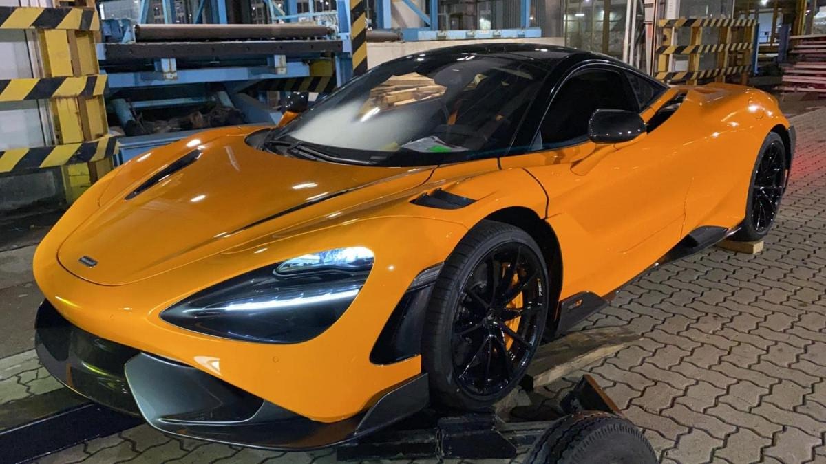 Siêu xe McLaren 765LT thứ tư cập bến Việt Nam-10