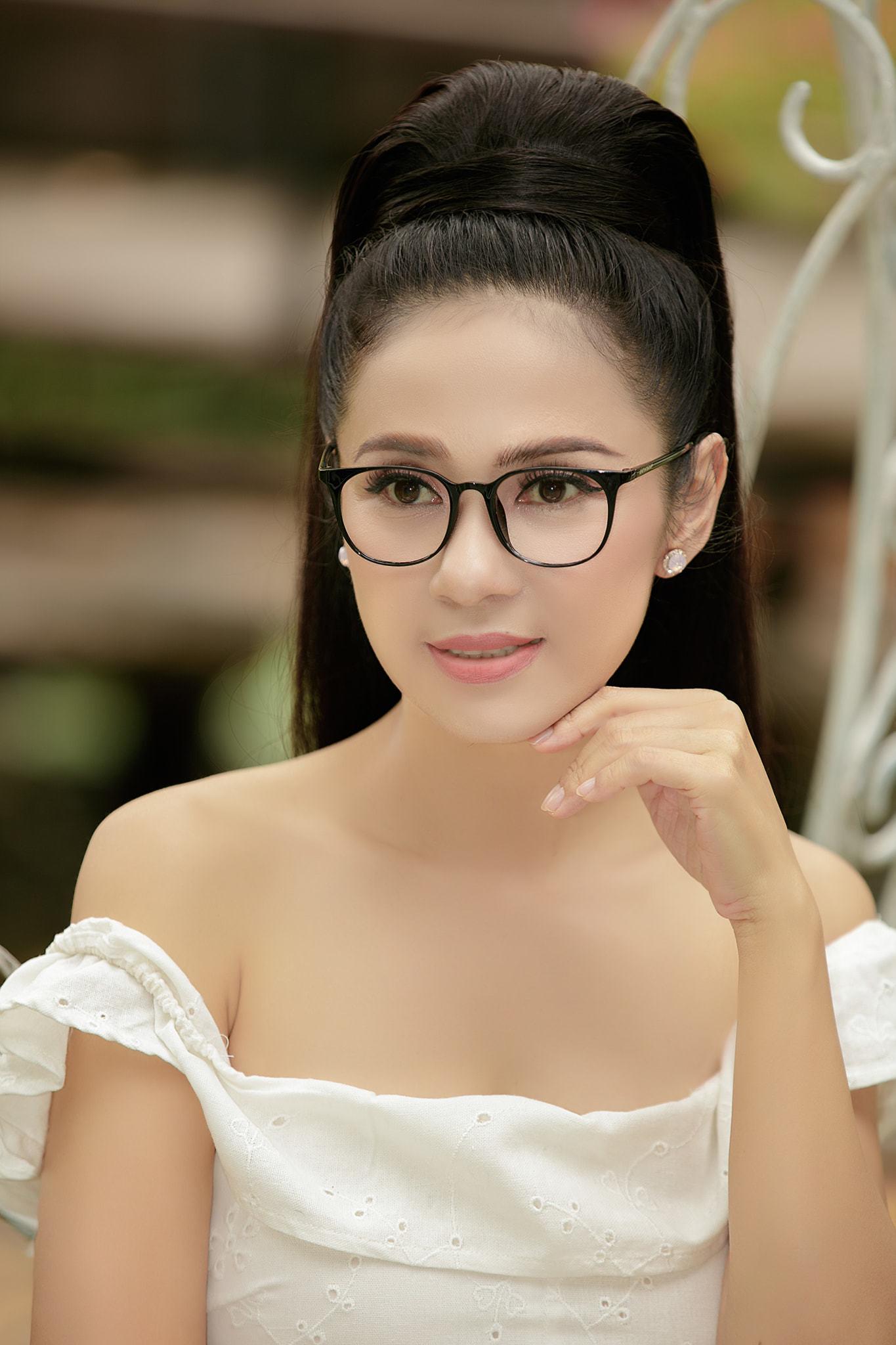 Đời thường trẻ trung tuổi 49 của diễn viên Việt Trinh-18