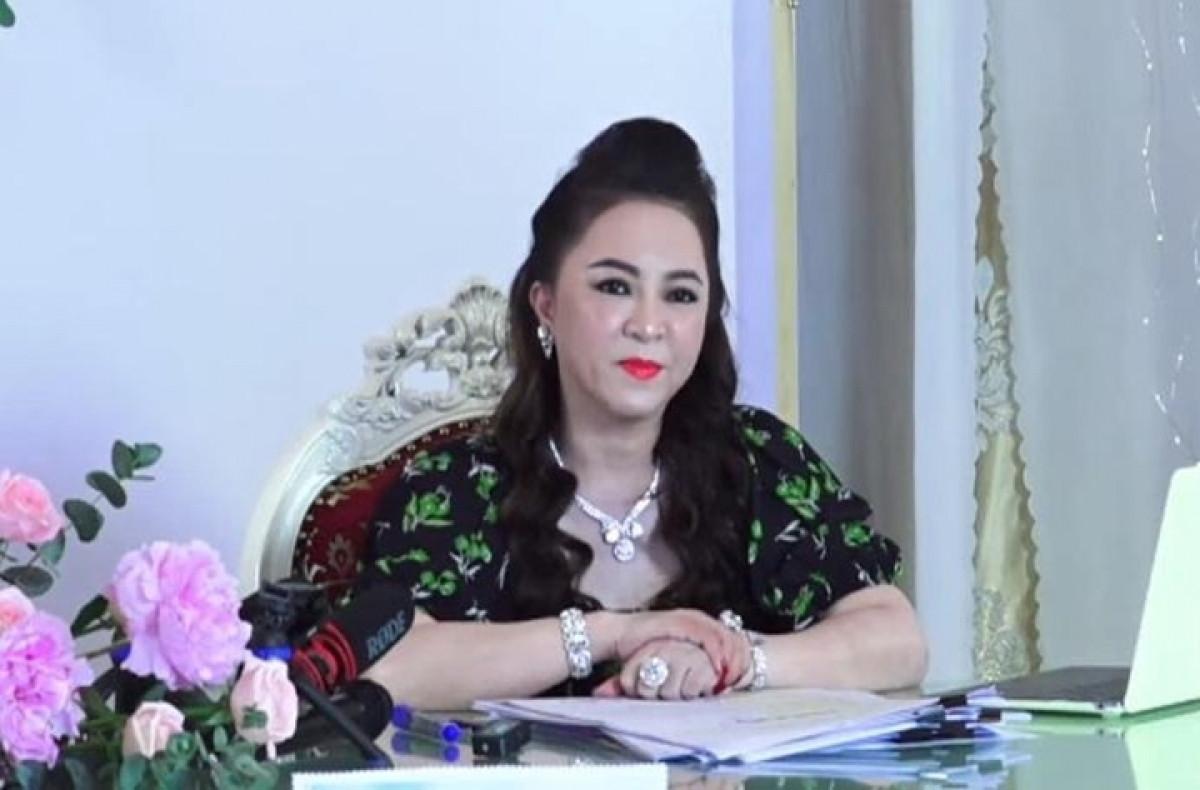 Không thể để bà Nguyễn Phương Hằng cho mình quyền xúc phạm bất kỳ ai trên mạng-2