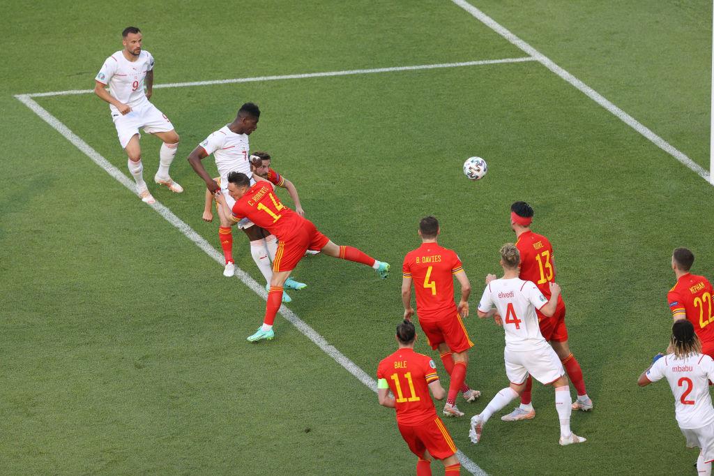 Xứ Wales 1-1 Thụy Sỹ: Bị VAR từ chối 1 bàn thắng, Thụy Sĩ ngậm ngùi chia điểm với xứ Wales-2