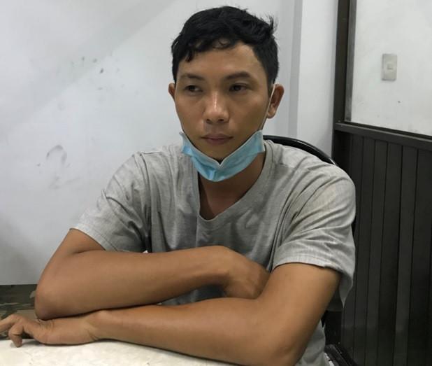 Khởi tố kẻ khóa cửa đốt nhà đôi vợ chồng bán hoa ở Sài Gòn-1