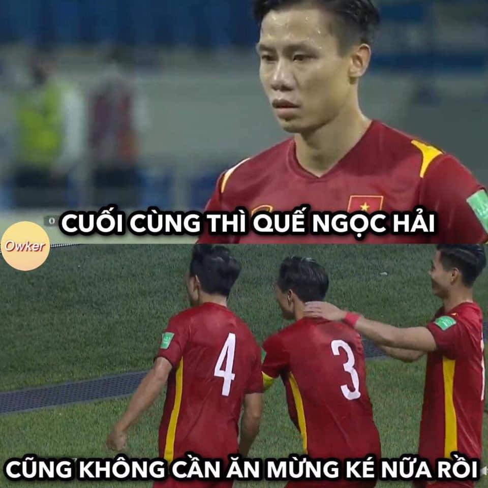 Dân mạng chế ảnh hài hước, tưng bừng ăn mừng chiến thắng trước Malaysia-7