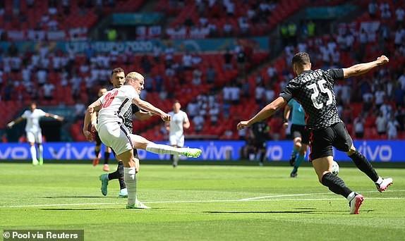 Anh 1-0 Croatia: Sterling hóa người hùng, Tam sư có trận ra quân thành công-1