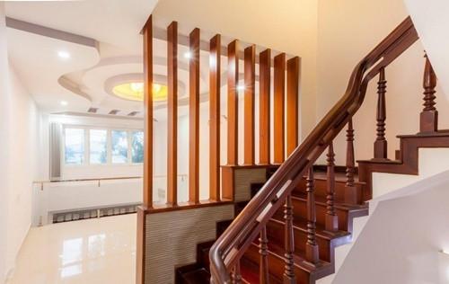 Nguyên tắc phong thủy không đặt cầu thang ở giữa nhà-4