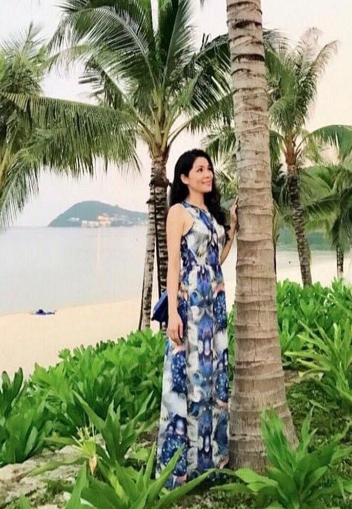 Bà xã doanh nhân U50 kín tiếng của MC Quyền Linh-12