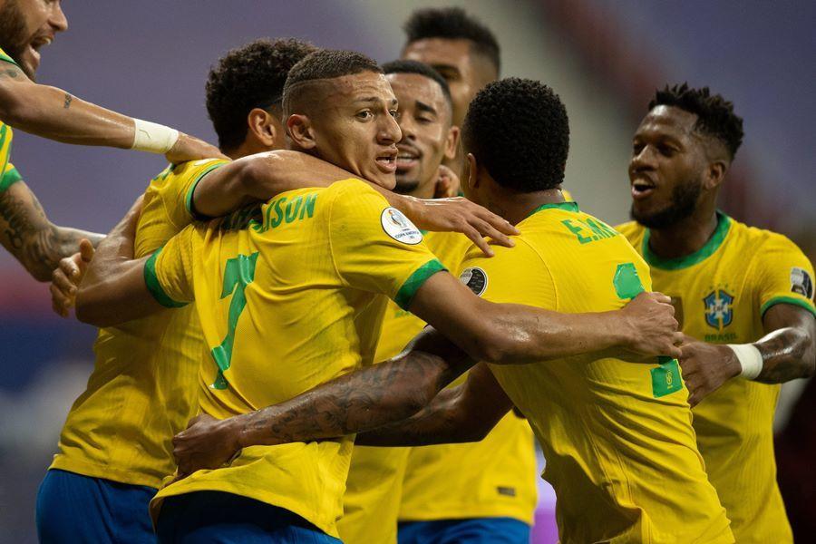 Neymar chói sáng, Brazil thắng to trận ra quân Copa America-2