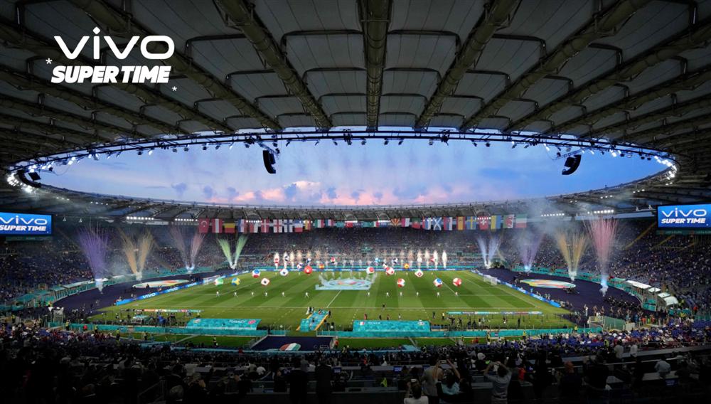 Chiêm ngưỡng hình ảnh khai mạc Euro 2020 chụp bằng smartphone-1