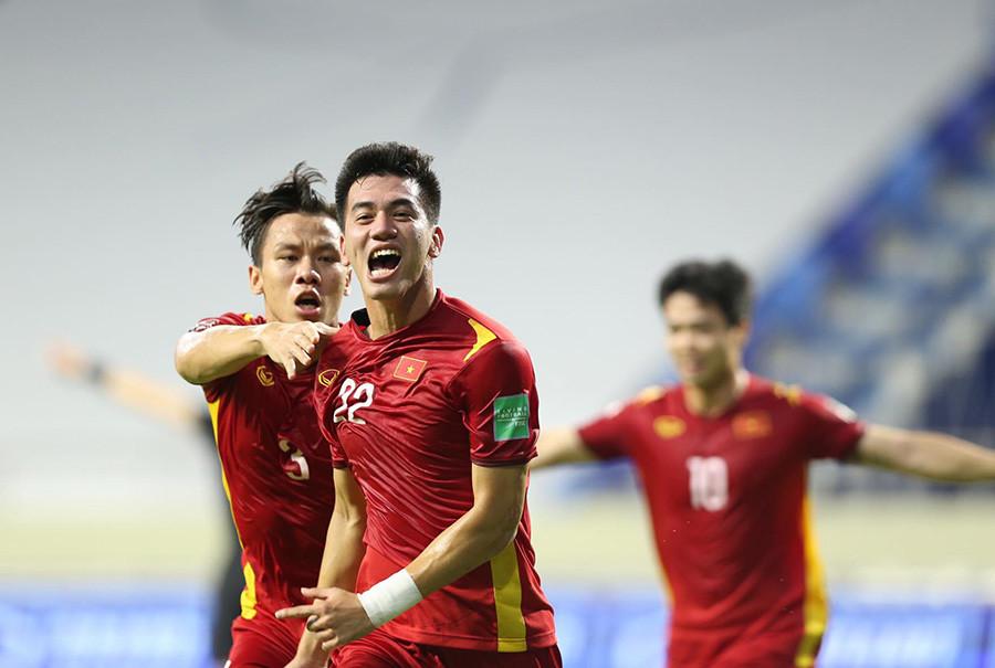 HLV Park Hang Seo: Tuyển Việt Nam đừng nghĩ thủ hòa UAE!-2