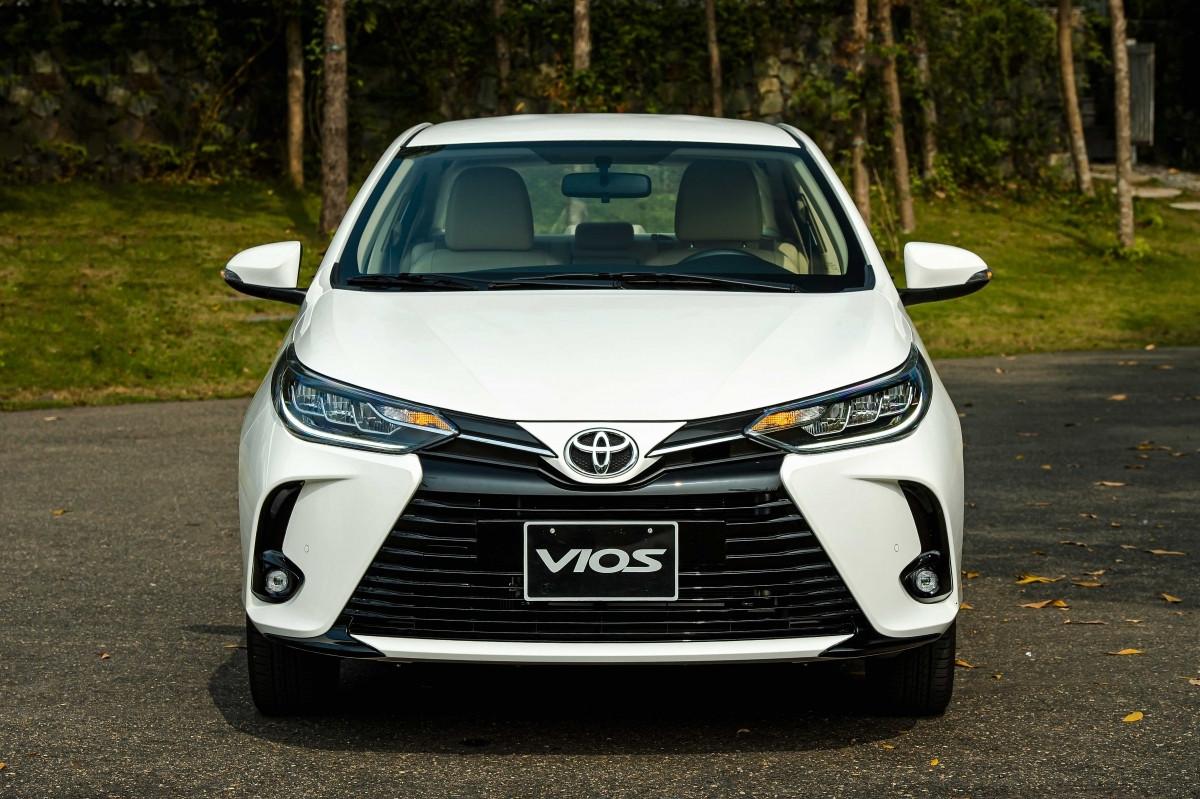 Toyota Vios lần đầu vượt qua Hyundai Accent ở phân khúc sedan hạng B-2