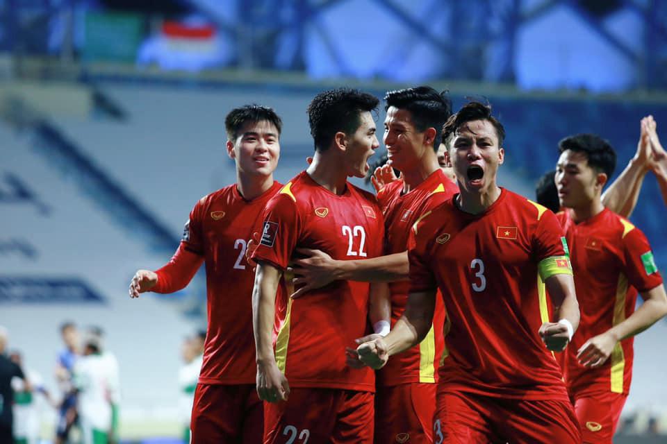 Việt Nam 2 - 3 UAE: Việt Nam chính thức giành vé đi tiếp vòng loại thứ ba-4