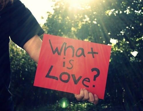 """Hãy yêu nhau nhiều hơn"""" – món quà yêu thương cho cuộc sống-2"""
