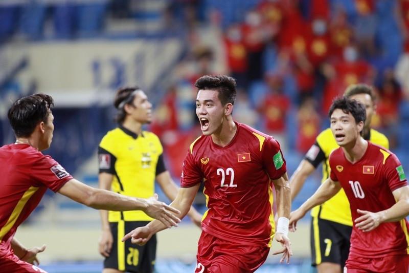 Chuyên gia báo Anh: UAE dù chơi sân nhà, Việt Nam vẫn thắng!-1