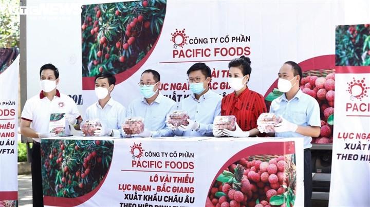 Vải thiều Bắc Giang xuất ngoại trong bão dịch COVID-19-2