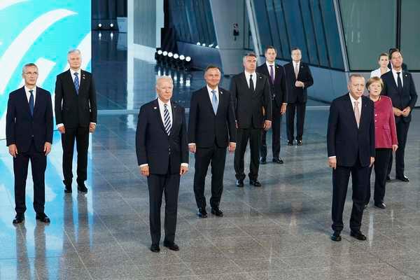 NATO ra tuyên bố cứng rắn với Trung Quốc-1