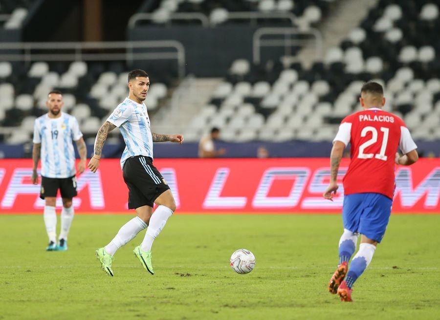 Messi vẽ siêu phẩm, Argentina vẫn tuột chiến thắng ra quân Copa-3
