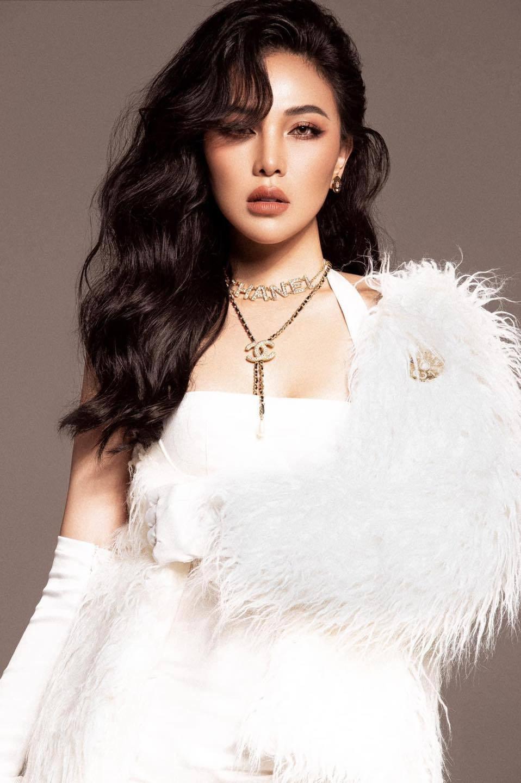 Vẻ đẹp gợi cảm của người mẫu Quỳnh Thư-10