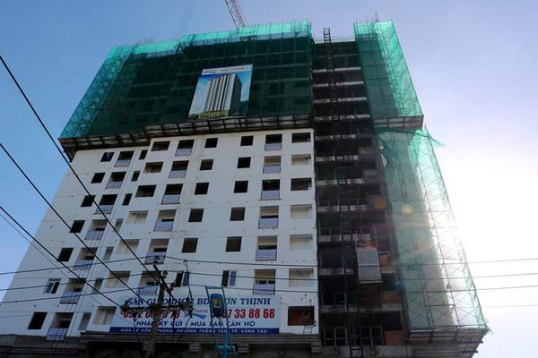 Chung cư được cấp phép 20 tầng, chủ đầu tư vẫn bán căn hộ đến tầng 26-1