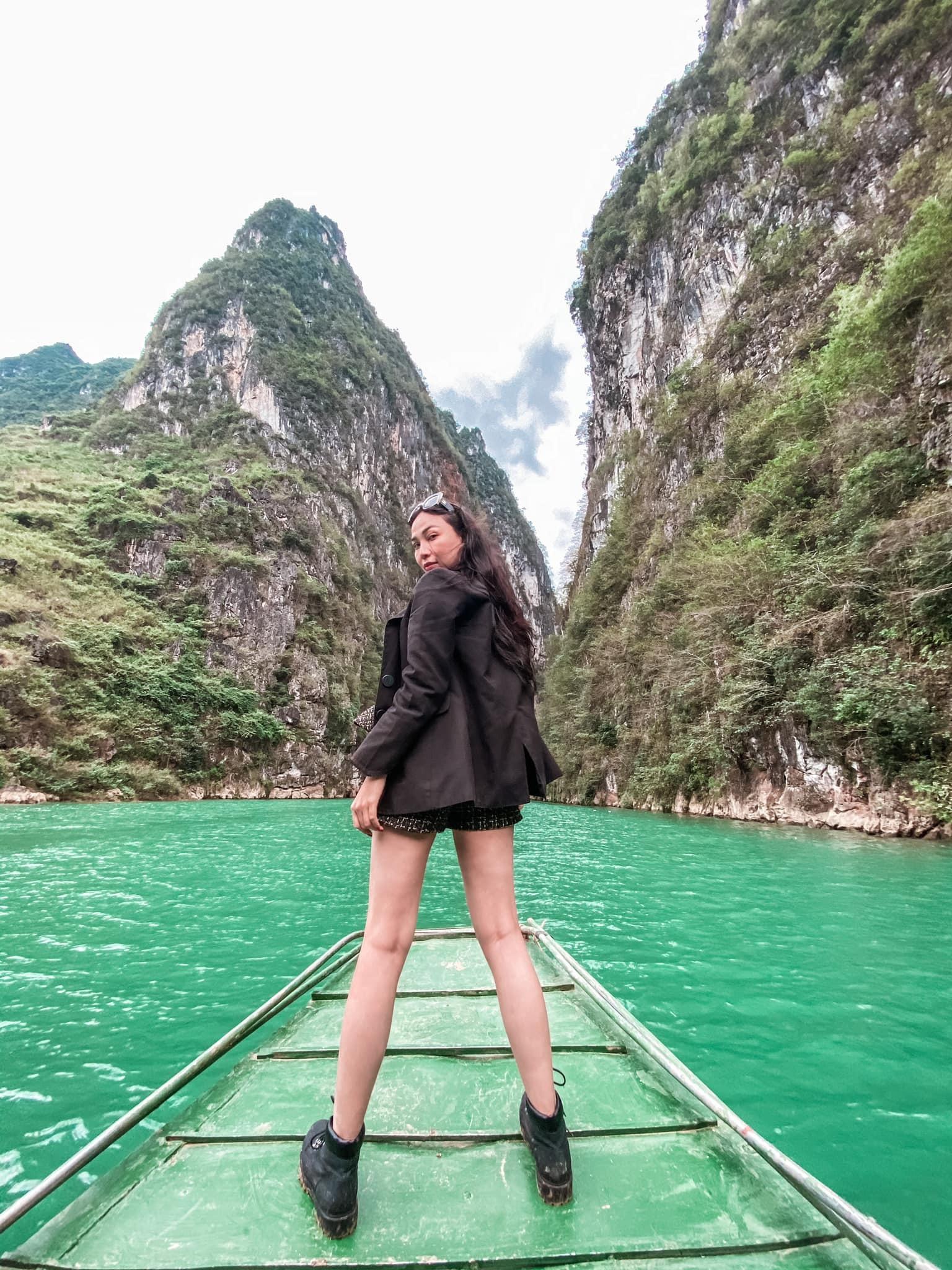 Vẻ đẹp gợi cảm của người mẫu Quỳnh Thư-20