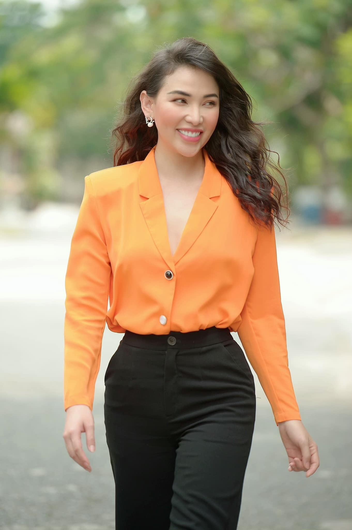Vẻ đẹp gợi cảm của người mẫu Quỳnh Thư-12