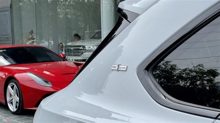 Bentley Bentayga V8 2021 với nội thất màu đặc biệt tại Việt Nam-9