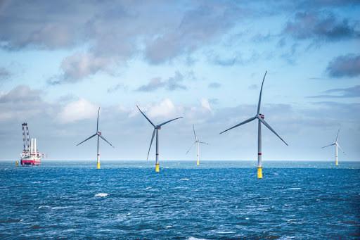 Tham vọng vươn ra biển Đông, dựng cột đón nguồn điện vô tận-1