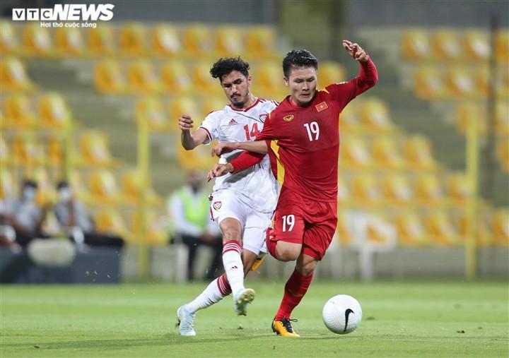 Tuyển Việt Nam thua UAE do thiếu tỉnh táo, đường đến World Cup còn gập ghềnh-2